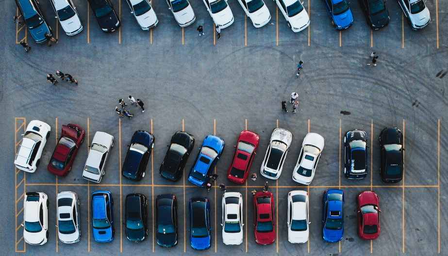 Manage corporate parking spaces with YAROOMS