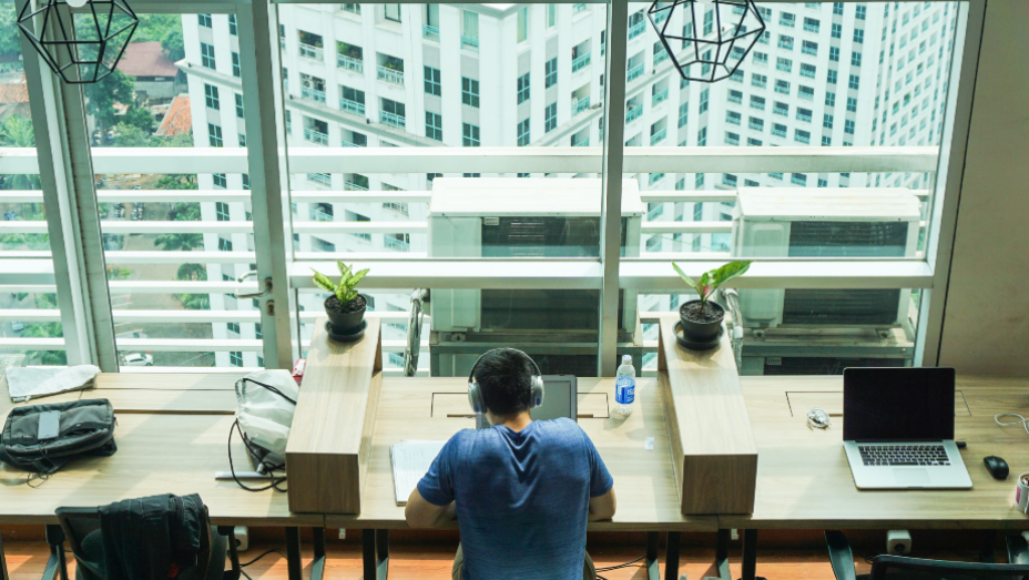 Is a Hybrid Work Week a Feasible Plan for the Future of the Office?