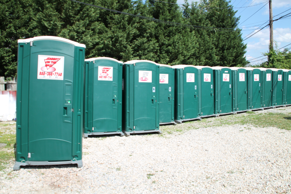 portable toilets, portable toilet rental, porta potty, johnny on the spot, portable toilet for construction sites