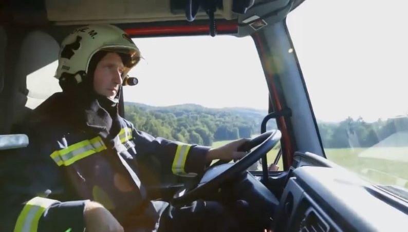 weBoost fleet cell phone booster firefighter-min
