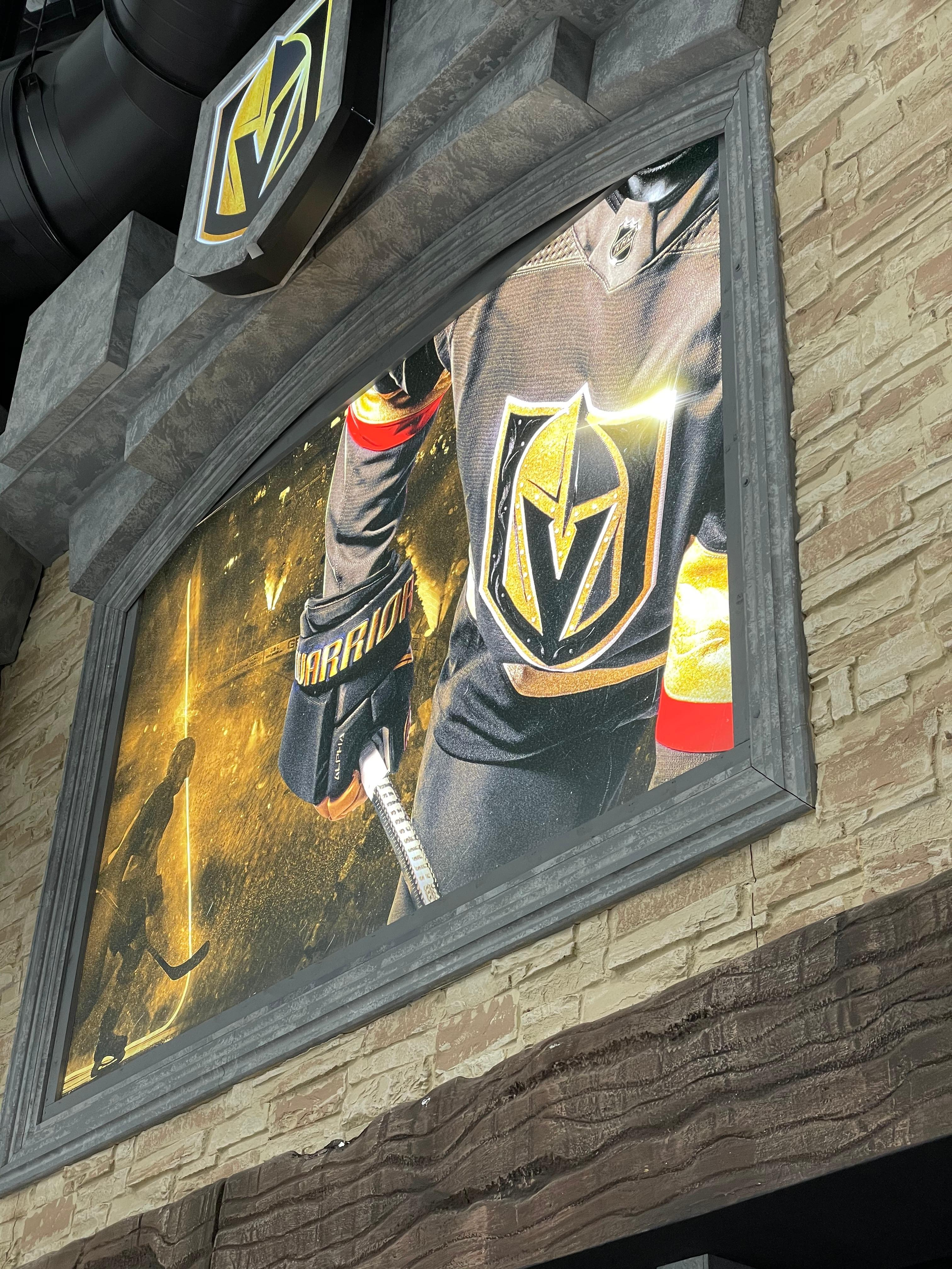 golden knights, large format, SEG graphic, grand format, installation.
