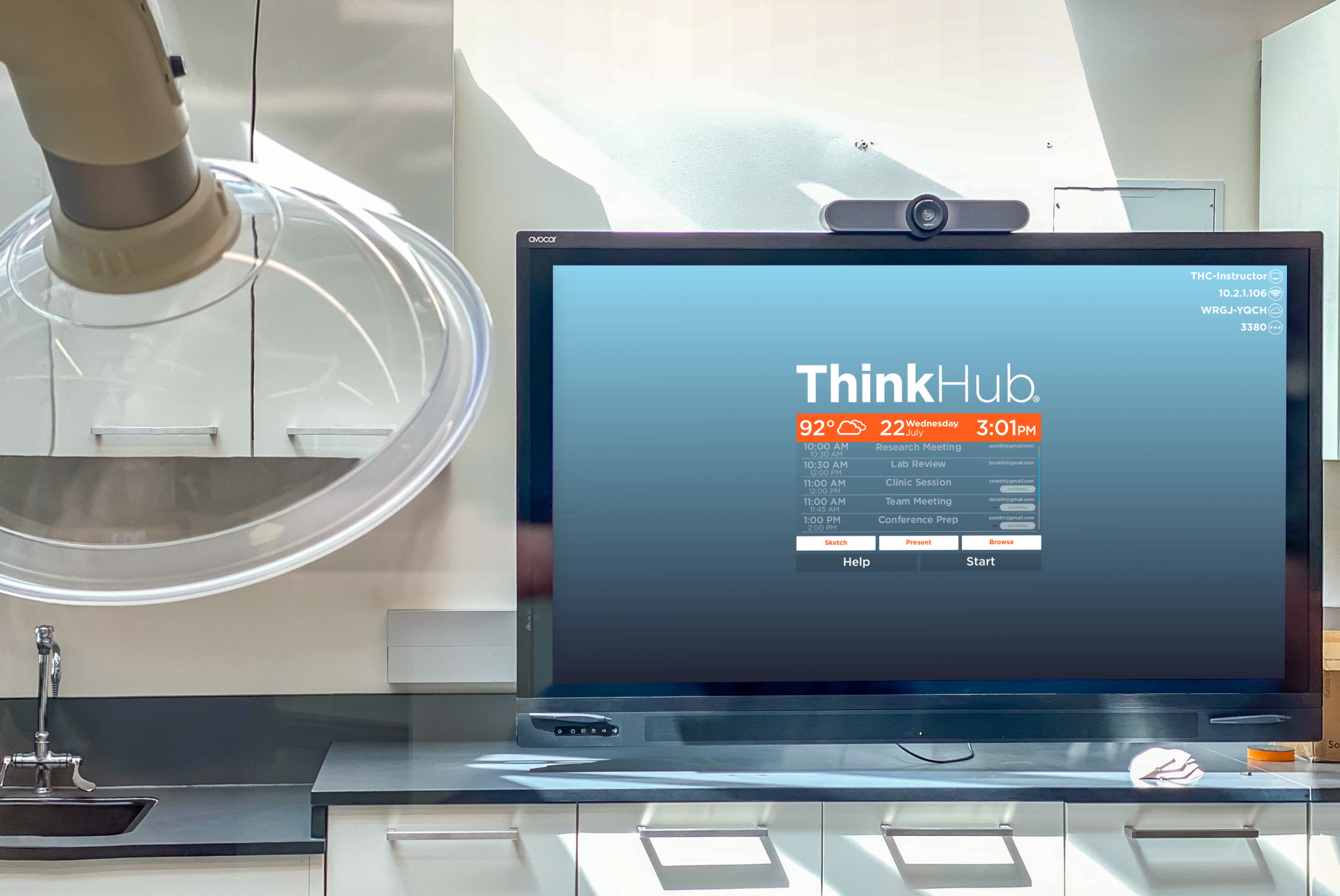 T1V-ThinkHub-USC-Ellison-Institute-Single-Panel-Display-in-Lab-ThinkHub-Collaboration-Interactive-Software-CA-2020