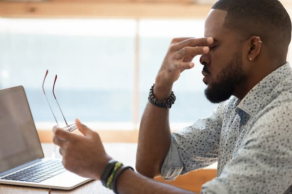 Why Being Too Helpful Hurts Sales & 5 Tactics Reps Need to Avoid