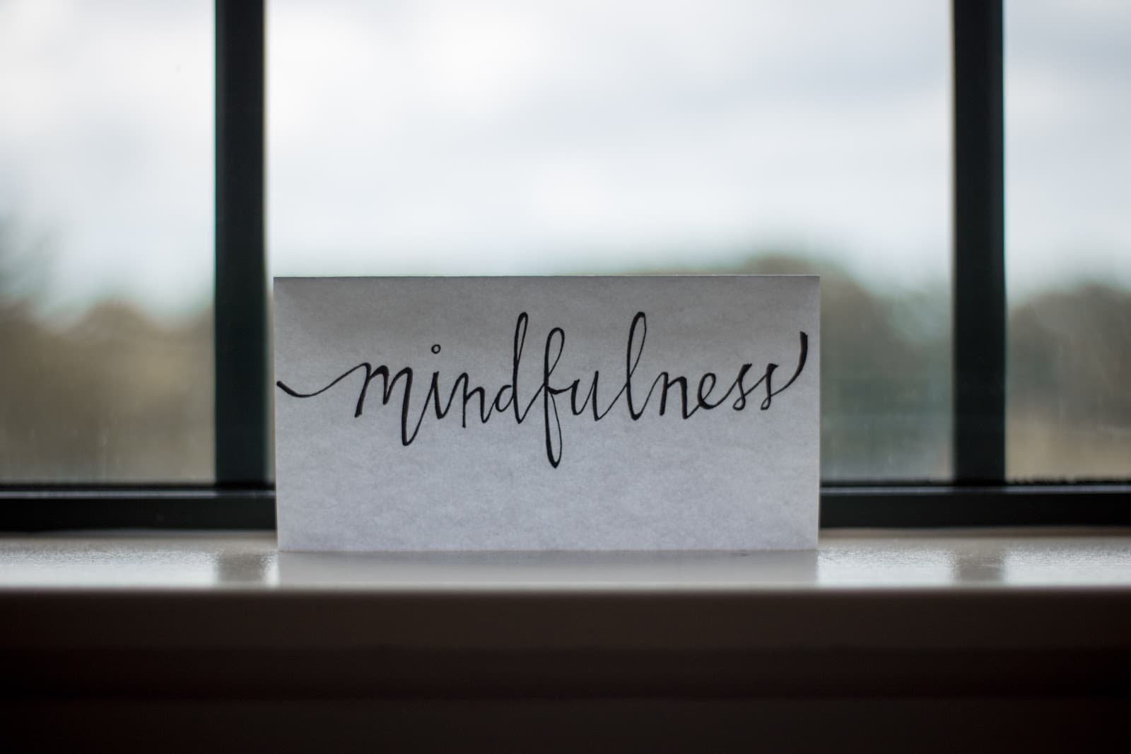 a note that reminds you to practice mindfulness